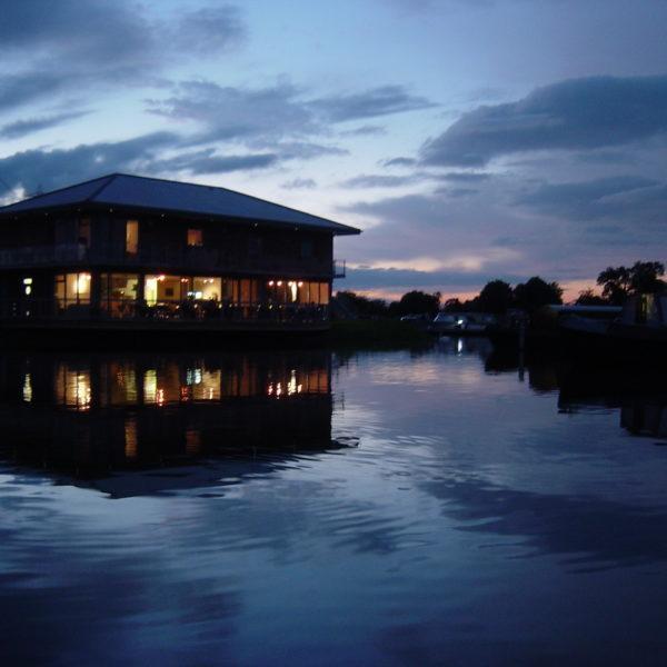 Pillings Lock Marina Boat House Restaurant 3